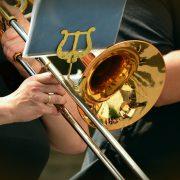 Foto von: congerdesign - https://pixabay.com/de/trompete-zugtrompete-musikinstrument-1495108/